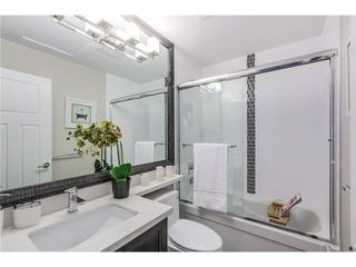 Photo 8: 17 6033 Williams Rd in Richmond: Woodwards Townhouse for sale : MLS®# V1101989