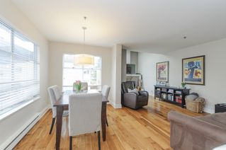 Photo 2: 1461 WALNUT STREET in Vancouver: Kitsilano Townhouse for sale (Vancouver West)  : MLS®# R2061497