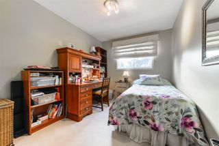 Photo 18: 106 FAIRWAY Drive in Edmonton: Zone 16 House for sale : MLS®# E4166216