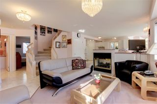 Photo 4: 9228 100 Avenue in Edmonton: Zone 13 House for sale : MLS®# E4179053