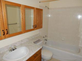 Photo 11: 947 Youville Drive in Edmonton: Zone 29 House Half Duplex for sale : MLS®# E4182684