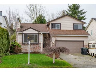 "Main Photo: 9427 214 Street in Langley: Walnut Grove House for sale in ""Walnut Grove"" : MLS®# R2427537"