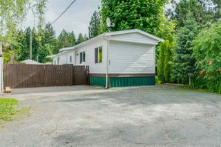 """Main Photo: 53 3942 COLUMBIA VALLEY Road in Cultus Lake: Columbia Valley Manufactured Home for sale in """"CULTUS LAKE VILLAGE"""" : MLS®# R2460964"""
