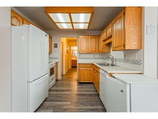 """Photo 13: 220 32833 LANDEAU Place in Abbotsford: Central Abbotsford Condo for sale in """"Park Place"""" : MLS®# R2471741"""
