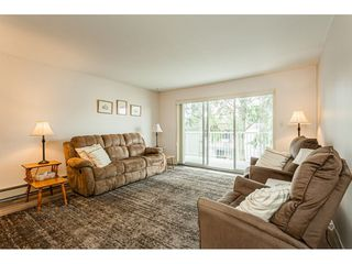 "Photo 3: 220 32833 LANDEAU Place in Abbotsford: Central Abbotsford Condo for sale in ""Park Place"" : MLS®# R2471741"