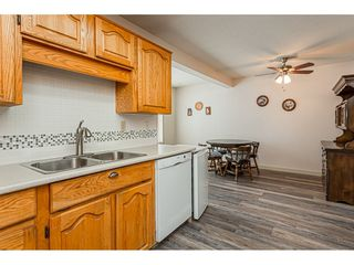 """Photo 10: 220 32833 LANDEAU Place in Abbotsford: Central Abbotsford Condo for sale in """"Park Place"""" : MLS®# R2471741"""