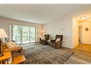 """Photo 5: 220 32833 LANDEAU Place in Abbotsford: Central Abbotsford Condo for sale in """"Park Place"""" : MLS®# R2471741"""