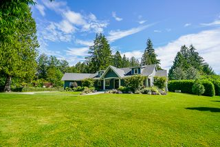 """Photo 2: 21776 6 Avenue in Langley: Campbell Valley House for sale in """"CAMPBELL VALLEY"""" : MLS®# R2476561"""
