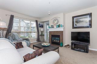 Photo 4: 205 15188 22 AVENUE in MUIRFIELD GARDENS: Sunnyside Park Surrey Home for sale ()  : MLS®# R2125258