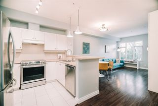 """Photo 1: 109 18 SMOKEY SMITH Place in New Westminster: GlenBrooke North Condo for sale in """"The Crofton"""" : MLS®# R2525149"""