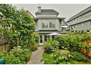 Photo 5: 1538 E 2ND AV in Vancouver: Grandview VE House 1/2 Duplex for sale (Vancouver East)  : MLS®# V1009293