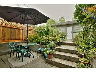 Photo 4: 1538 E 2ND AV in Vancouver: Grandview VE House 1/2 Duplex for sale (Vancouver East)  : MLS®# V1009293