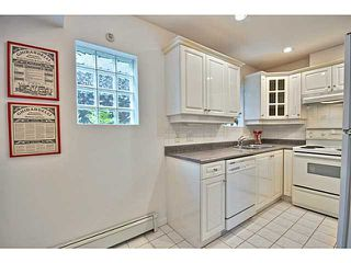 Photo 8: 1538 E 2ND AV in Vancouver: Grandview VE House 1/2 Duplex for sale (Vancouver East)  : MLS®# V1009293