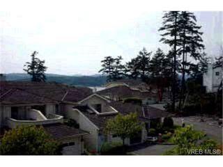 Photo 2: 16 909 Admirals Rd in VICTORIA: Es Esquimalt Row/Townhouse for sale (Esquimalt)  : MLS®# 313023