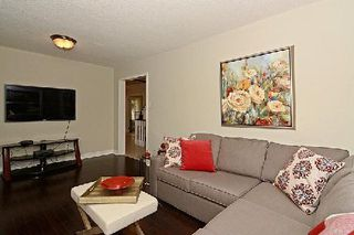 Photo 2: 459 Raymerville Drive in Markham: Raymerville House (2-Storey) for sale : MLS®# N2959496