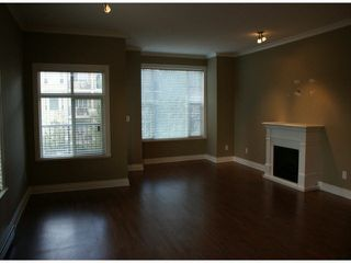 "Photo 2: 307 20286 53A Avenue in Langley: Langley City Condo for sale in ""CASA VERONA"" : MLS®# F1420176"