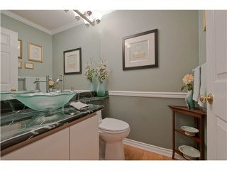 "Photo 9: 28 6211 W BOUNDARY Drive in Surrey: Panorama Ridge Townhouse for sale in ""LAKEWOOD HEIGHTS"" : MLS®# F1421128"