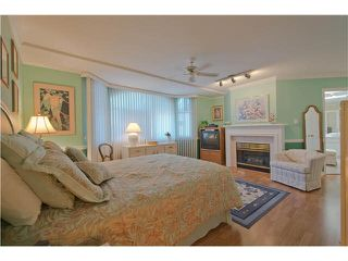"Photo 11: 28 6211 W BOUNDARY Drive in Surrey: Panorama Ridge Townhouse for sale in ""LAKEWOOD HEIGHTS"" : MLS®# F1421128"