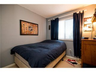 Photo 9: # 37 1910 CEDAR VILLAGE CR in North Vancouver: Westlynn Condo for sale : MLS®# V1102461