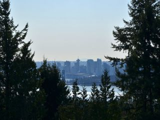 Photo 12: 1576 TYROL PL in West Vancouver: Chartwell House for sale : MLS®# V1106056