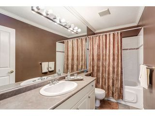 Photo 16: 313 3280 PLATEAU BOULEVARD in Coquitlam: Westwood Plateau Condo for sale : MLS®# R2027215