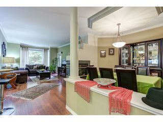 Photo 2: 313 3280 PLATEAU BOULEVARD in Coquitlam: Westwood Plateau Condo for sale : MLS®# R2027215
