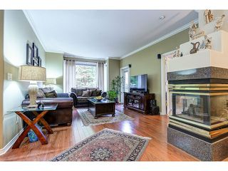 Photo 4: 313 3280 PLATEAU BOULEVARD in Coquitlam: Westwood Plateau Condo for sale : MLS®# R2027215