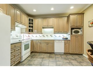 Photo 9: 313 3280 PLATEAU BOULEVARD in Coquitlam: Westwood Plateau Condo for sale : MLS®# R2027215