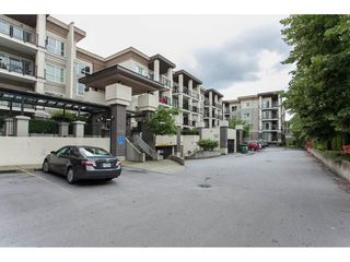 Photo 2: 331 9655 KING GEORGE BOULEVARD in Surrey: Whalley Condo for sale (North Surrey)  : MLS®# R2083002