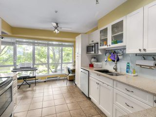 Photo 9: 28 788 W 15TH AVENUE in Vancouver: Fairview VW Townhouse for sale (Vancouver West)  : MLS®# R2296604
