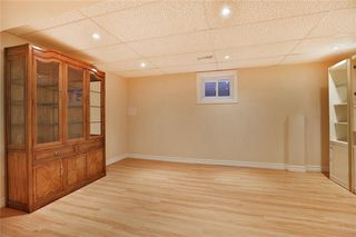 Photo 5: 1385 Edgeware Rd in : 1005 - FA Falgarwood FRH for sale (Oakville)  : MLS®# 30508181