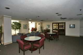 Photo 3: 2511 Lakeshore Rd W #430 in : 1001 - BR Bronte CND for sale (Oakville)  : MLS®# OM2055815
