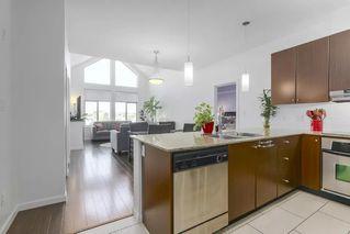 Photo 9: 417 15322 101 AVENUE in Surrey: Guildford Condo for sale (North Surrey)  : MLS®# R2364772