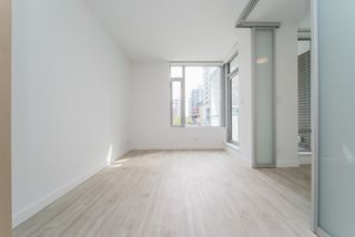 Photo 13: 206 1661 QUEBEC STREET in Vancouver: Mount Pleasant VE Condo for sale (Vancouver East)  : MLS®# R2360687