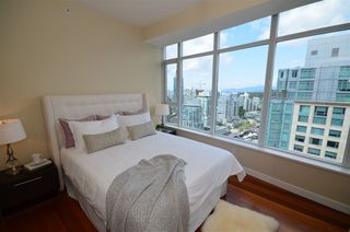 "Photo 16: 2901 1281 W CORDOVA Street in Vancouver: Coal Harbour Condo for sale in ""Callisto"" (Vancouver West)  : MLS®# R2389062"