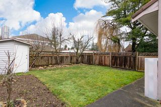 Photo 17: 4381 VIPOND Place in Burnaby: Metrotown House 1/2 Duplex for sale (Burnaby South)  : MLS®# R2396249