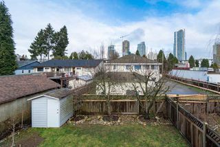 Photo 16: 4381 VIPOND Place in Burnaby: Metrotown House 1/2 Duplex for sale (Burnaby South)  : MLS®# R2396249