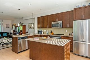 """Photo 4: 1 2139 PRAIRIE Avenue in Port Coquitlam: Glenwood PQ Townhouse for sale in """"WESTMOUNT PARK"""" : MLS®# R2409857"""