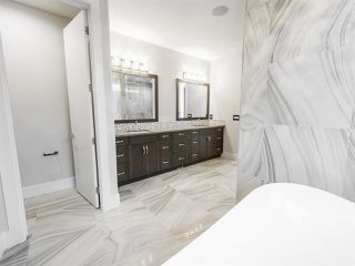 Photo 31: 2703 WHEATON Drive in Edmonton: Zone 56 House for sale : MLS®# E4181801