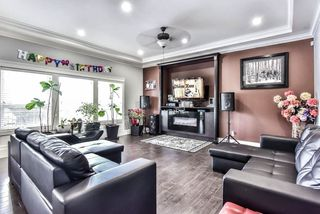Photo 5: 14015 91 Avenue in Surrey: Bear Creek Green Timbers House for sale : MLS®# R2433701