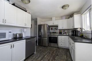 Photo 3: 8820 89 Street in Fort St. John: Fort St. John - City SE House for sale (Fort St. John (Zone 60))  : MLS®# R2436205