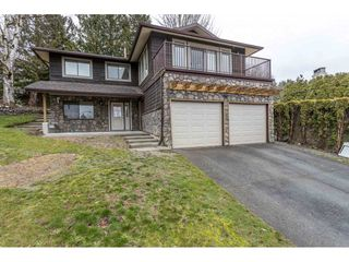 Photo 2: 34915 MCCABE Place in Abbotsford: Abbotsford East House for sale : MLS®# R2440742