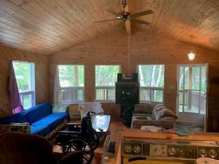 Photo 3: 256 Kens Cove in Buffalo Point: R17 Residential for sale : MLS®# 202007418