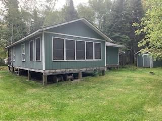 Photo 2: 256 Kens Cove in Buffalo Point: R17 Residential for sale : MLS®# 202007418