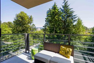 "Photo 9: 405 301 CAPILANO Road in Port Moody: Port Moody Centre Condo for sale in ""THE RESIDENCES"" : MLS®# R2460667"