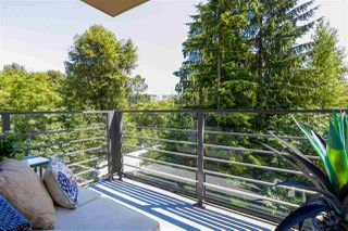 "Photo 11: 405 301 CAPILANO Road in Port Moody: Port Moody Centre Condo for sale in ""THE RESIDENCES"" : MLS®# R2460667"