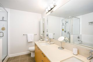"Photo 12: 405 301 CAPILANO Road in Port Moody: Port Moody Centre Condo for sale in ""THE RESIDENCES"" : MLS®# R2460667"