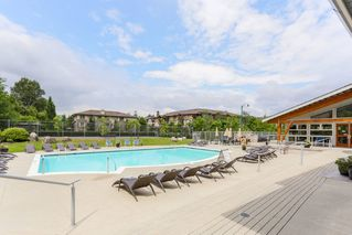 """Photo 3: 110 400 KLAHANIE Drive in Port Moody: Port Moody Centre Condo for sale in """"THE TIDES"""" : MLS®# R2470181"""