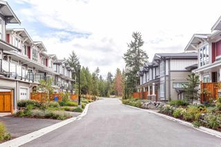 """Photo 2: 5924 OLDMILL Lane in Sechelt: Sechelt District Townhouse for sale in """"EDGEWATER AT PORPOISE BAY"""" (Sunshine Coast)  : MLS®# R2504979"""