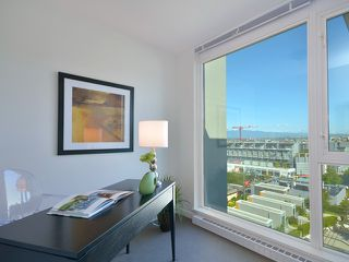 "Photo 8: 701 522 W 8TH Avenue in Vancouver: Fairview VW Condo for sale in ""CROSSROADS"" (Vancouver West)  : MLS®# V969156"